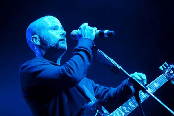 Na letním hudebním festivalu v Kácově, Sázavafest 2009, vystoupil 31. července 2009 jako hlavní hvězda americký zpěvák a autor elektronické hudby Moby (na snímku). MIKULÁŠ KŘEPELKA / MEDIAFAX